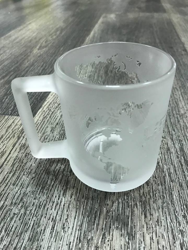 Брендирование сувенирных стеклянных чашек